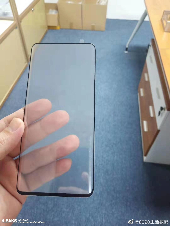 Zaštitnik zaslona potvrđuje da je prednji dio Xiaomi Mi Mix 4 1