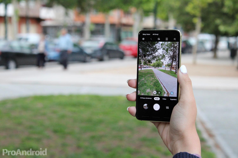 Jeftinije alternative iPhoneu 11 i iPhoneu 11 Pro na Androidu 4
