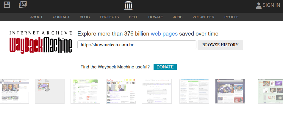 WayBack Machine nudi potpunu uslugu za pristup i preuzimanje starih stranica.