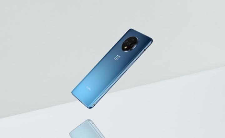 OnePlus 7T službeni dizajn