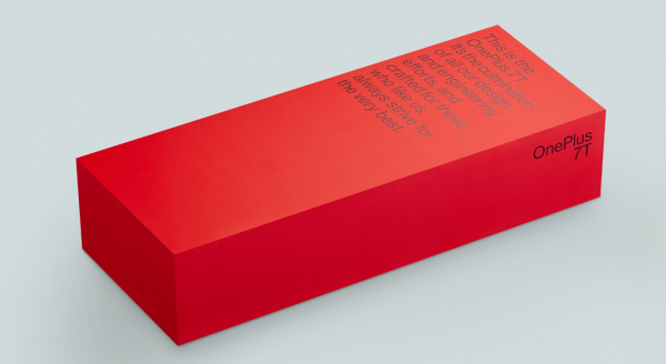OnePlus 7T: CEO pokazuje prodajni paket 1