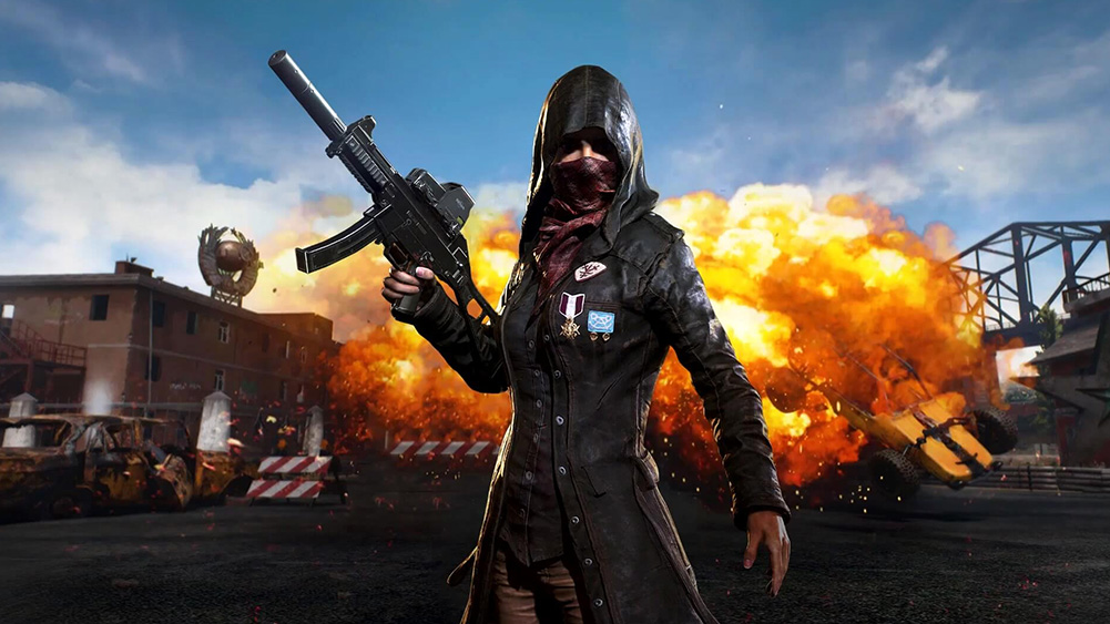 PUBG, heroina bitke prolazi u istaknutoj pozi, ispred eksplozije